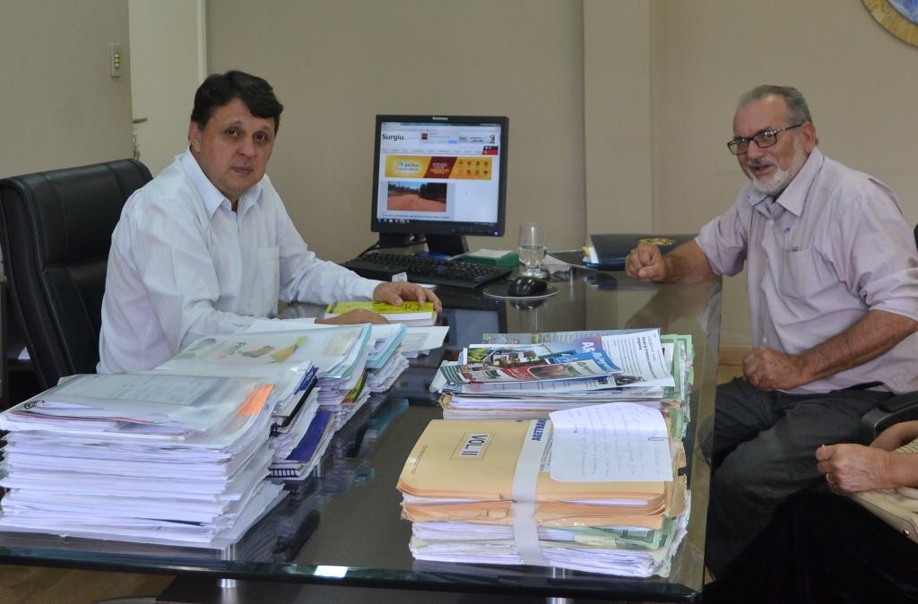 Vice-presidente da Academia de Letras de Paraíso é recebido pelo secretário de Cultura do TO