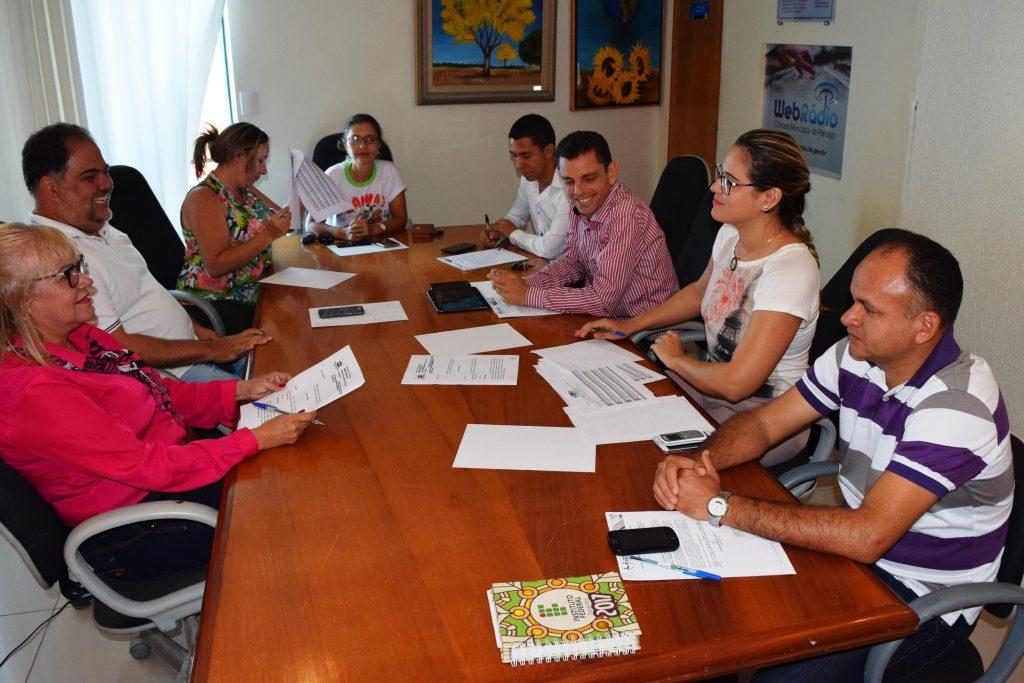 Data-base dos servidores de Paraíso esta sendo analisada pela Câmara Municipal
