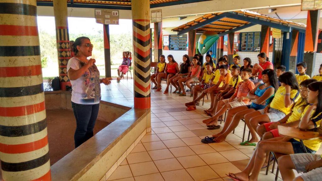 Unidades móveis percorrem tribos indígenas com oficinas e orientação para as mulheres