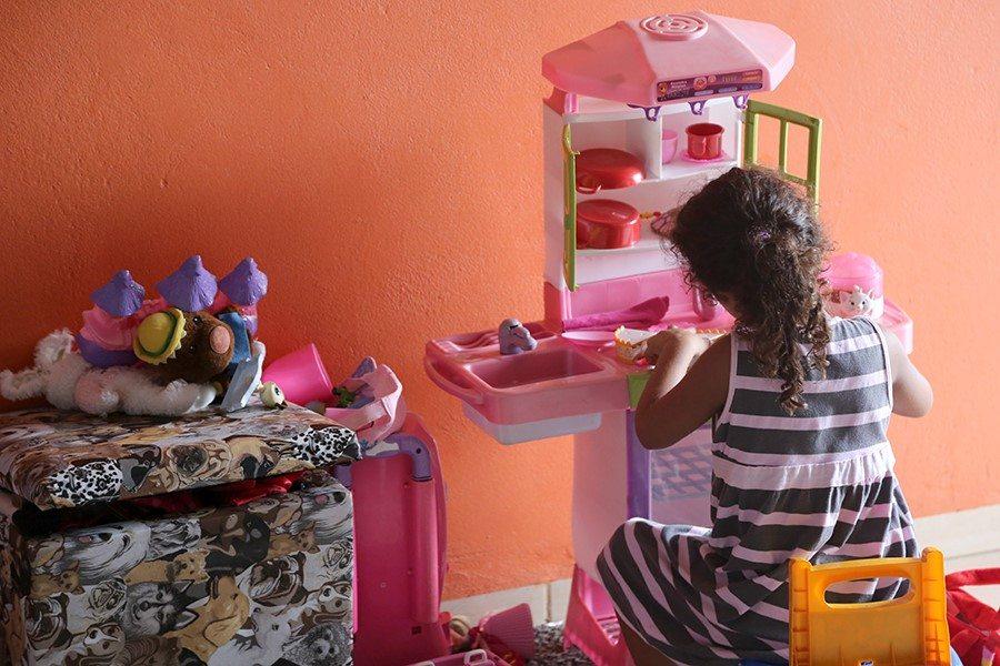 Equipe do Nudeca leva orientações sobre adoção ao Lar Batista