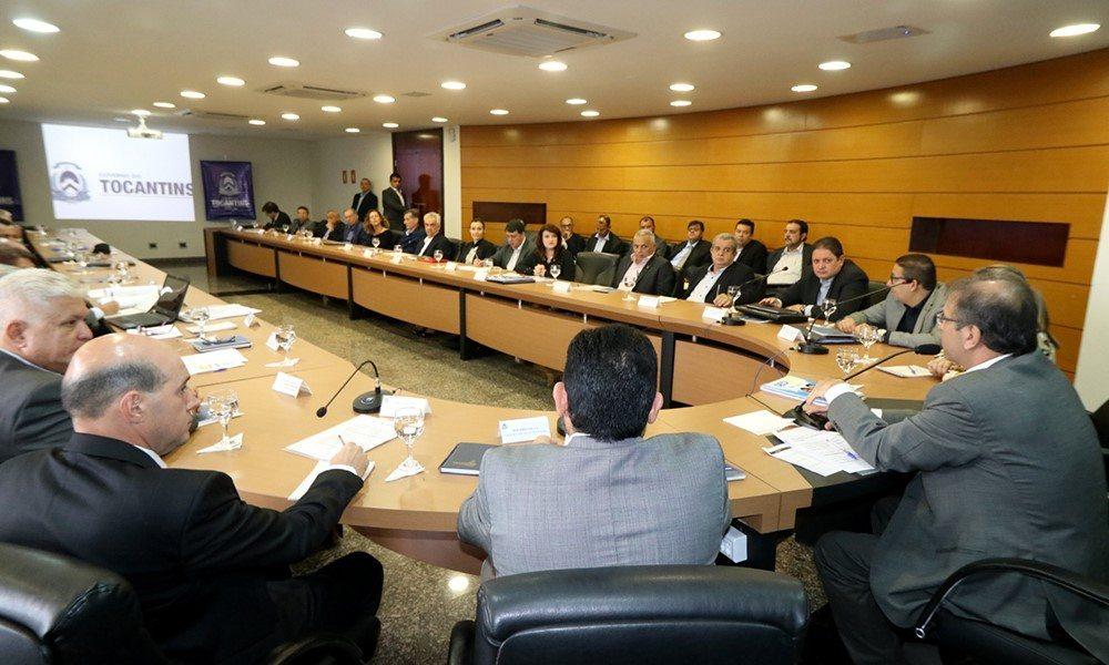 Marcelo Miranda reúne secretariado e mostra integração da equipe