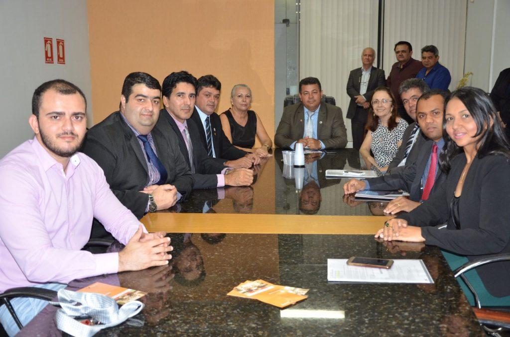Câmara de Palmas e Hemocentro firmam parceria para incentivo à doação de sangue