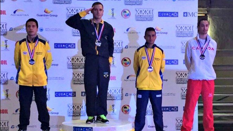 Na primeira competição como atleta do Exército, Douglas Brose conquista o pentacampeonato Pan-Americano de Karatê