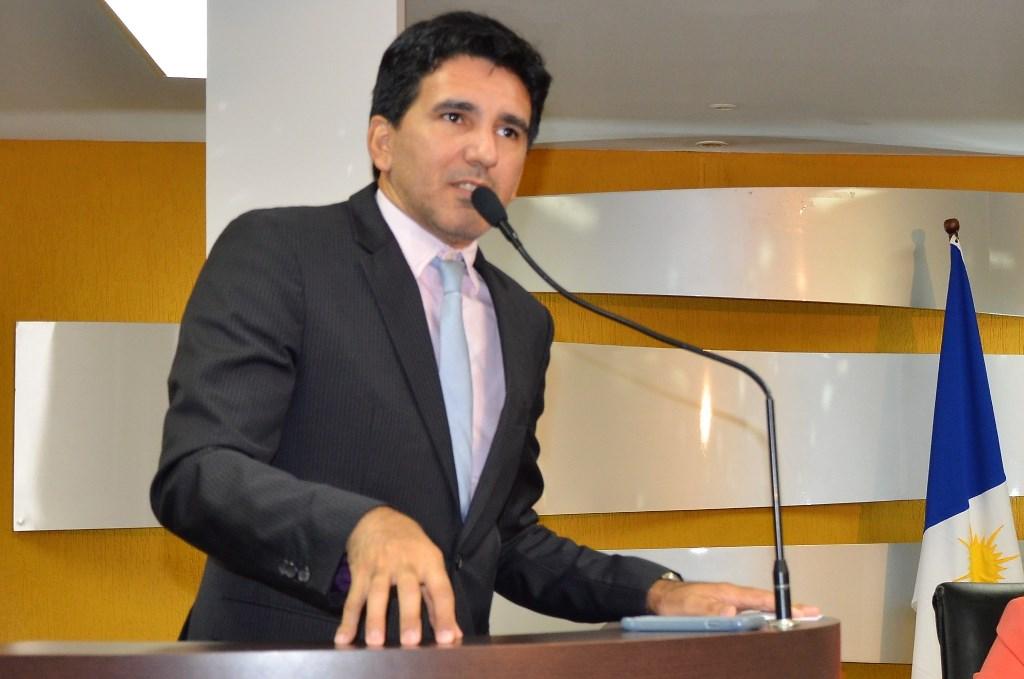 Júnior Geo afirma que a luta contra o aumento continua e vai recorrer à justiça com assinaturas colhidas