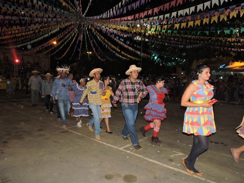 Alunos da rede estadual em Gurupi participam da abertura Oficial do 17º Arraiá da Amizade
