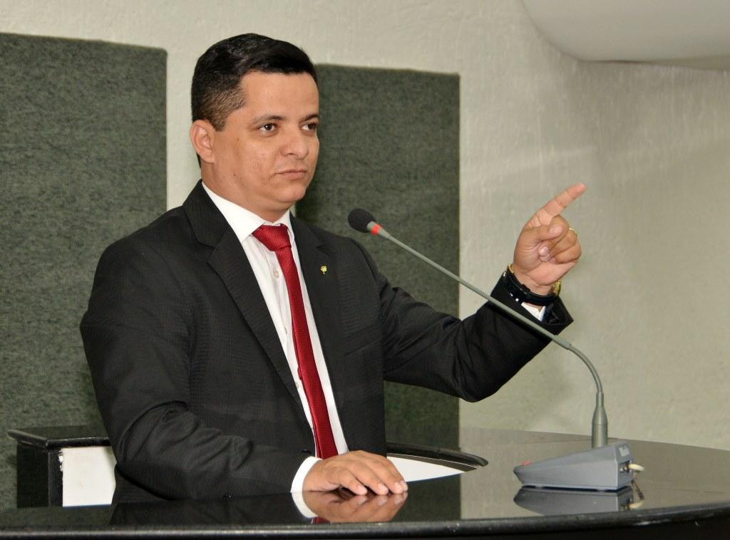 Jorge Frederico garante que não abrirá mão de recursos para Araguaína