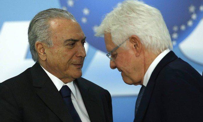 Após denúncia, Temer se reúne com advogados, AGU e Moreira Franco