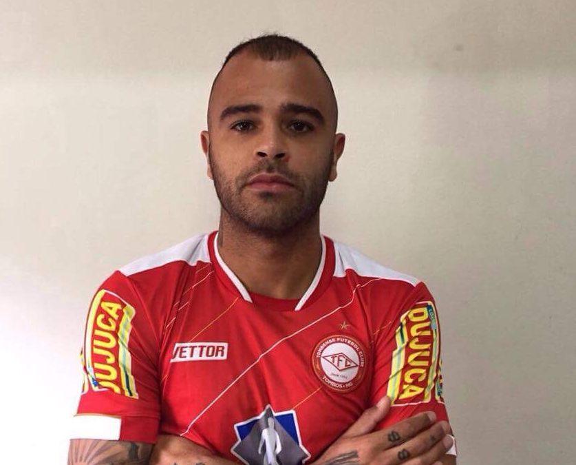 Allan Dias comemora acerto com a Tombense: 'Feliz e motivado'