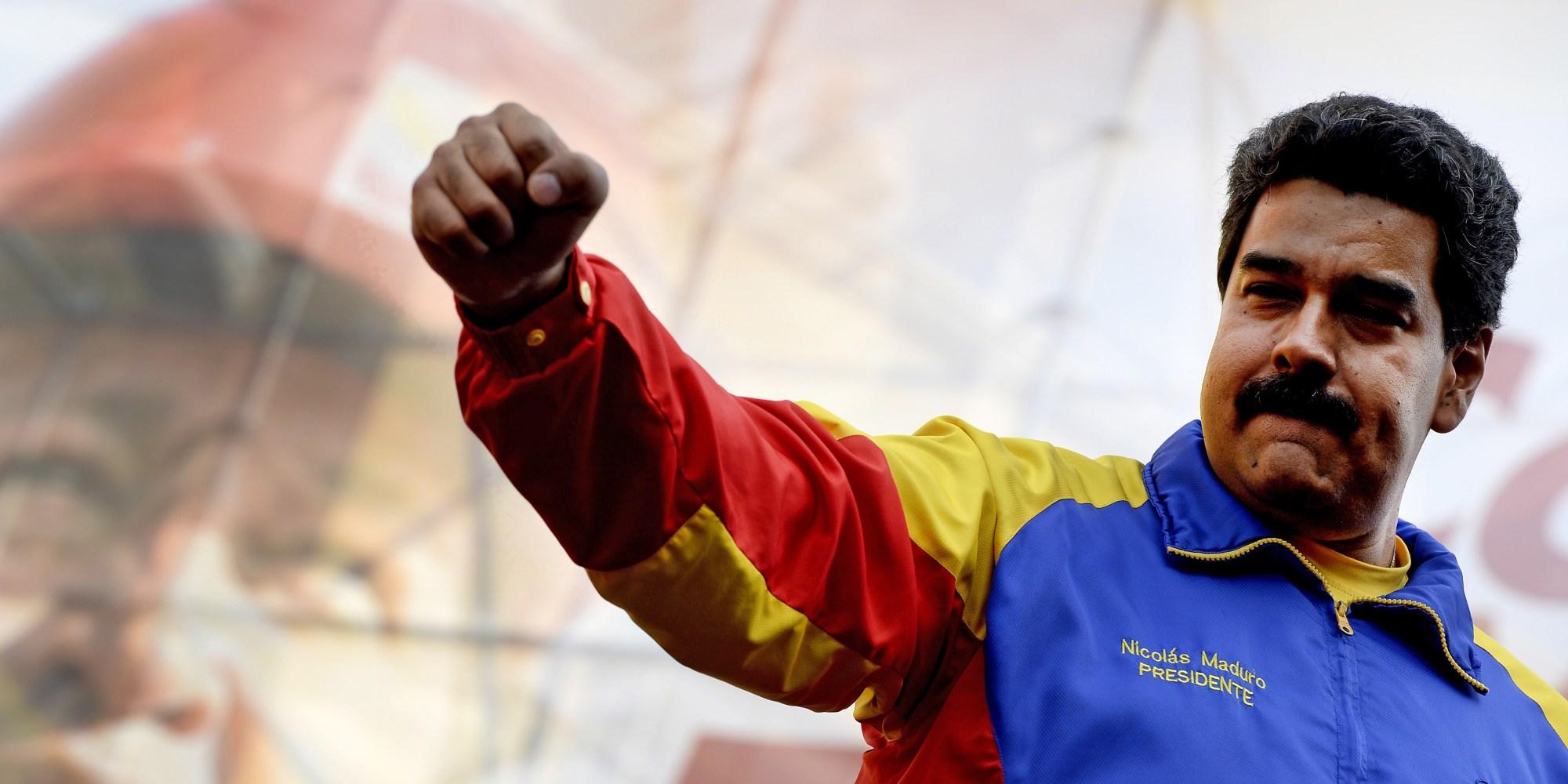 Senadores da Colômbia e do Chile denunciam Maduro em tribunal internacional