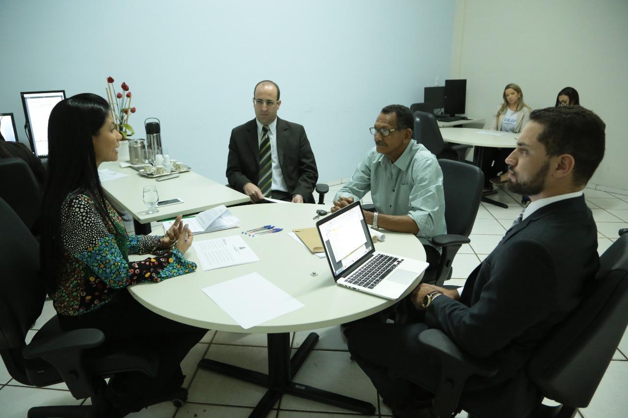 Primeiros acordos da Feirinha dão lição de conciliação, diz juíza