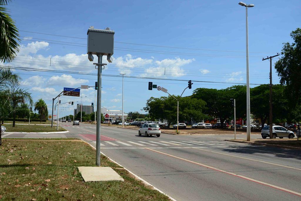 Prefeitura amplia Refis e multas de trânsito também podem ser pagas com desconto
