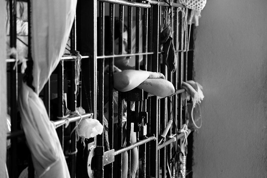 DPE-TO consegue bloqueio de valores para compra de kits de higiene para presos em Cariri e Gurupi