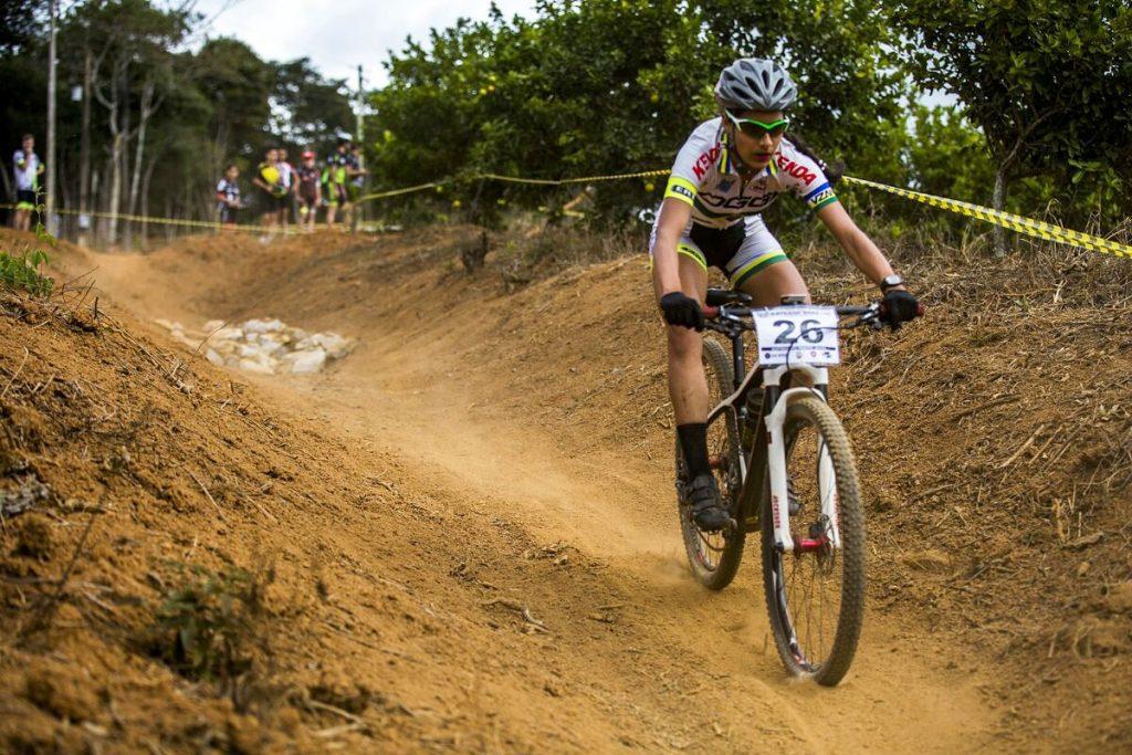 Ciclistas do Shimano Sports Team competem na Copa Internacional de MTB, em Minas Gerais