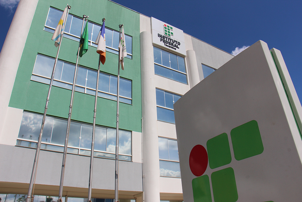 IFTO oferece mais de 2 mil vagas para cursos técnicos e superiores