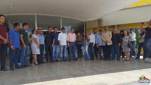 Prefeita de Chapada de Areia participa de reunião com Presidente da Funasa em Alvorada