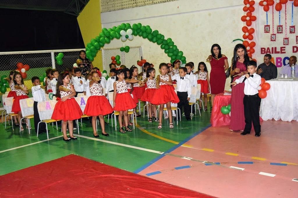 Prefeitura de Monte Santo realiza formatura dos alunos do 1º Ano da Rede Municipal