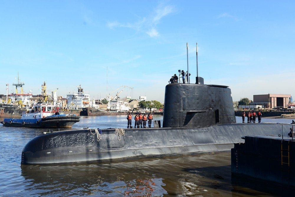 Busca por submarino é como 'procurar uma agulha no palheiro', diz Marinha Argentina