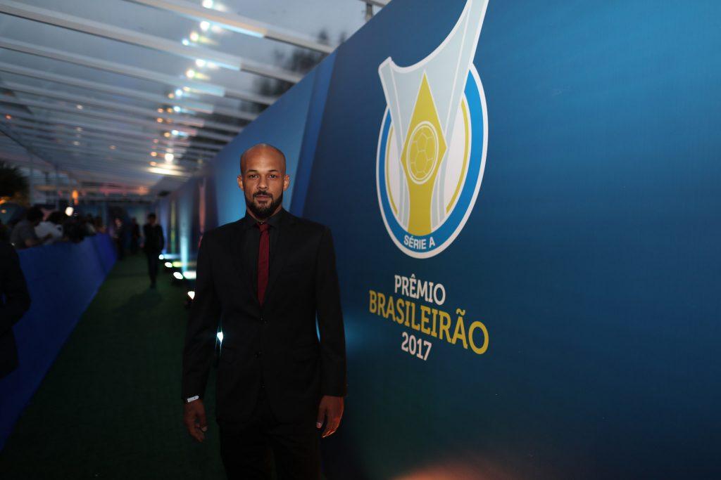 Com 60 jogos no ano, vice-artilharia do Botafogo e eleito melhor volante da Série A, Bruno Silva faz balanço de 2017
