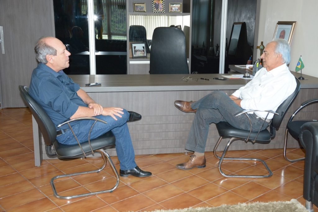 Moisés Avelino recebe visita do prefeito de Araguaína, Ronaldo Dimas