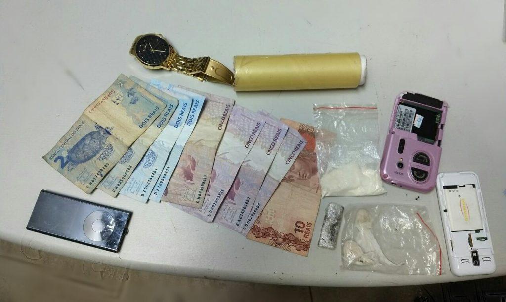 Polícia Militar prende mulher por tráfico de entorpecentes em Araguaína