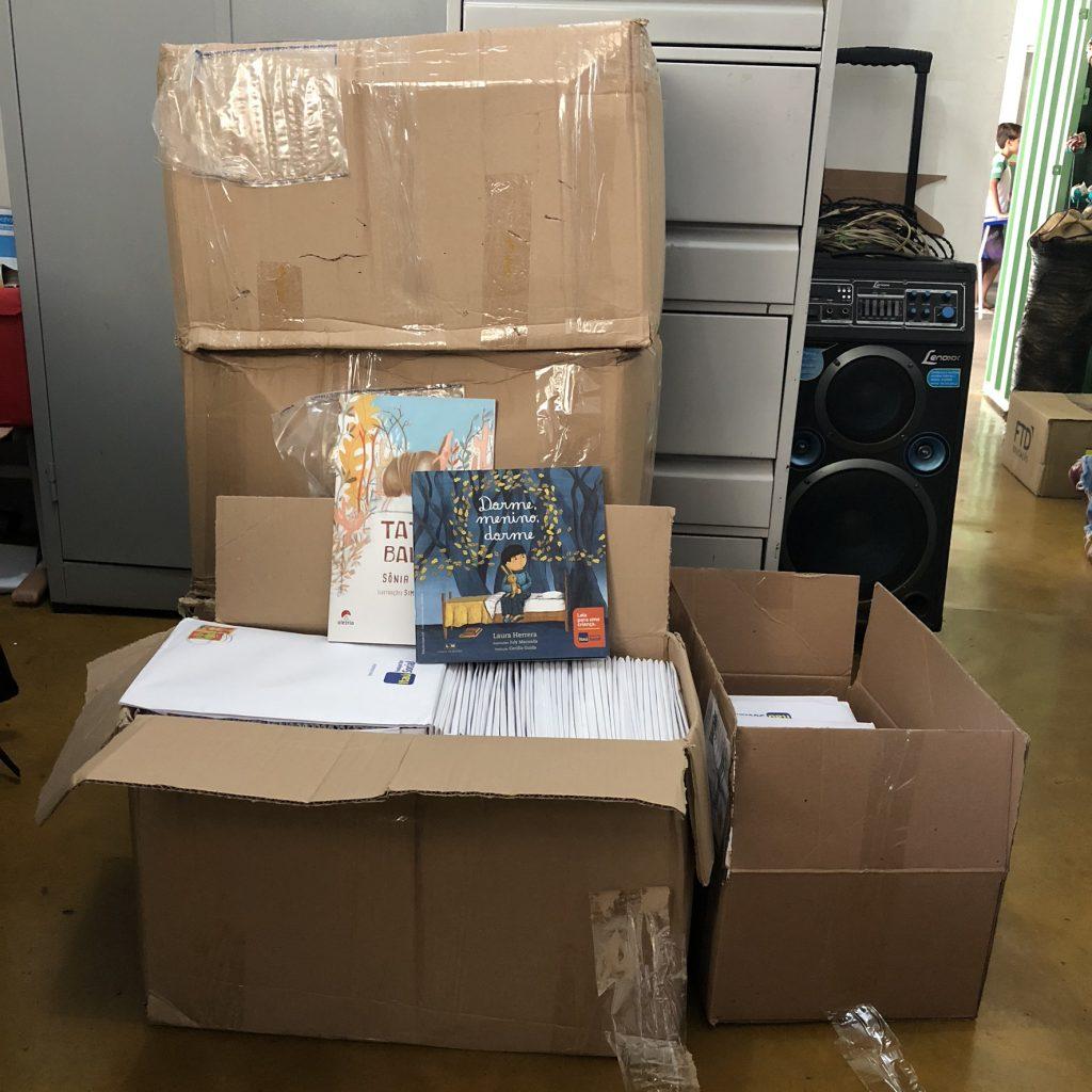 Escola Municipal Irmã Julita recebe doações de mais de 900 livros, em Paraíso TO