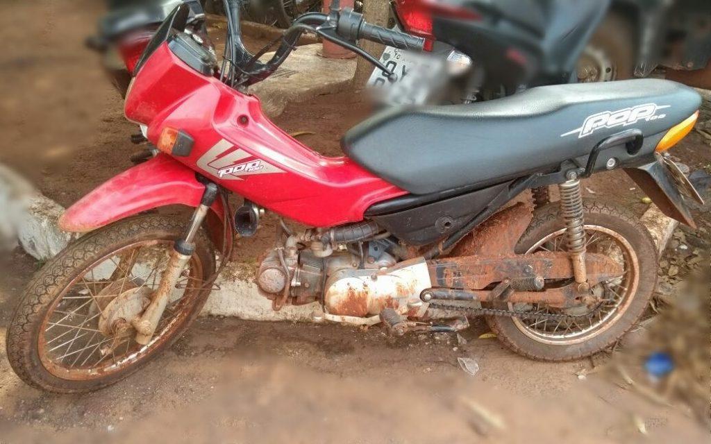 Polícia Militar prende homem e recupera moto roubada que estava com ele em Araguaína
