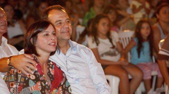 Presos, Cabral, ex-primeira dama Adriana Ancelmo e ex-secretário são aprovados em vestibular