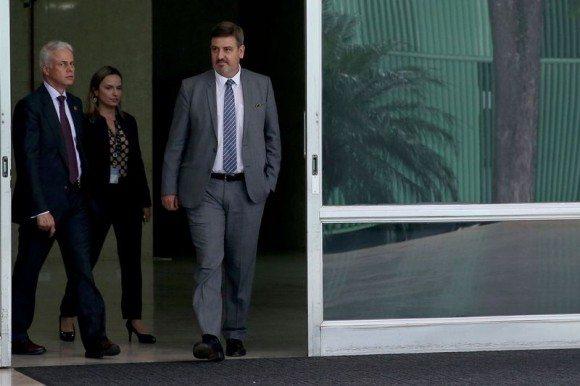 Diretor da PF entrega a Cármen Lúcia relatório de investigação sobre ministros do Supremo