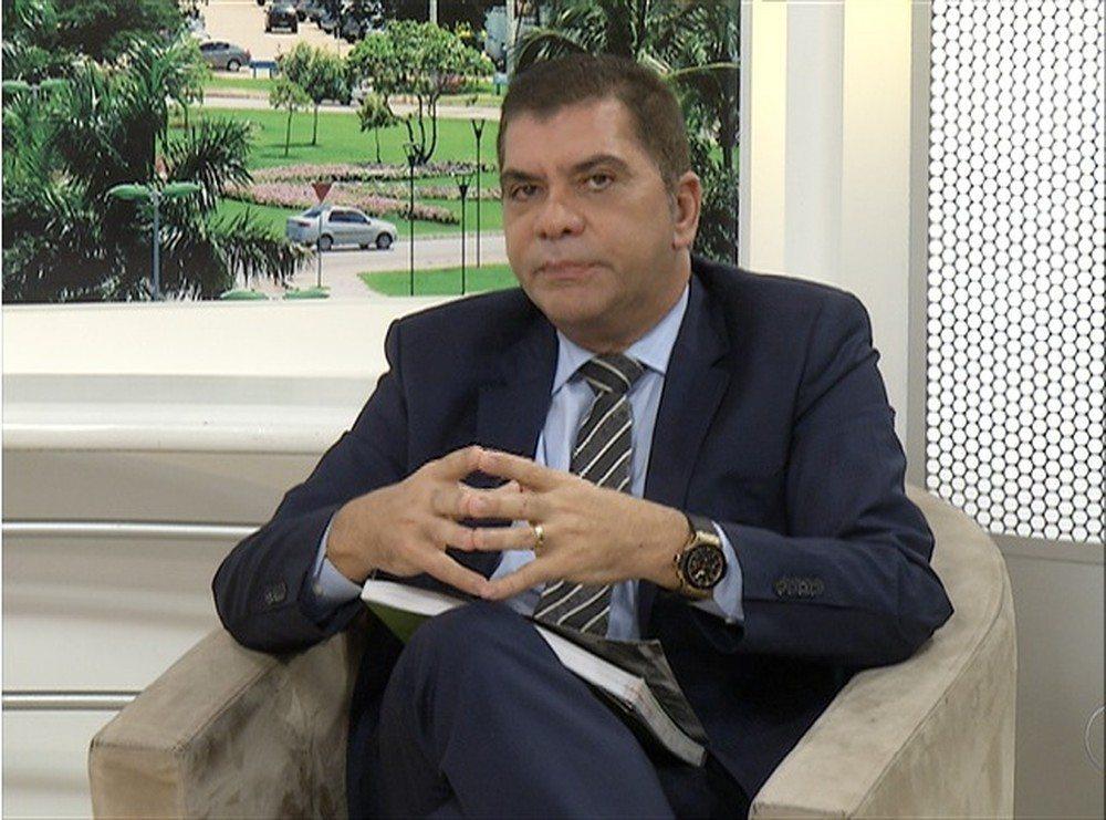 Prefeito de Palmas, Carlos Amastha, diz que deixará o cargo em abril de 2018