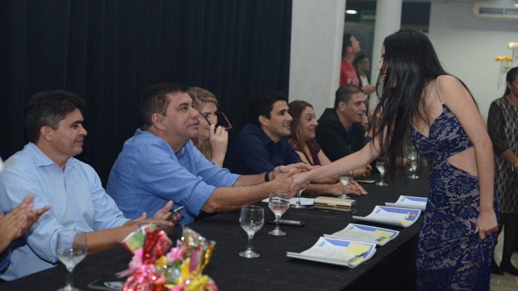 Formatura de Ensino Fundamental da rede municipal de ensino de Palmas encerra o período letivo
