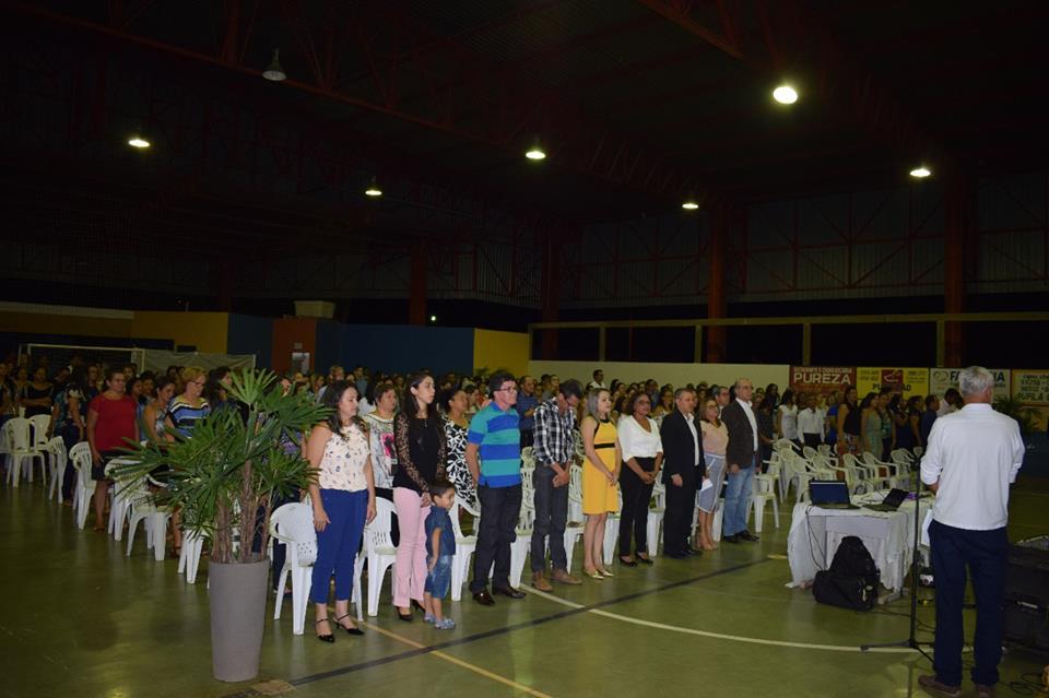 Governo de Cristalândia inicia ano letivo com palestra motivacional para funcionários, gestão e comunidade