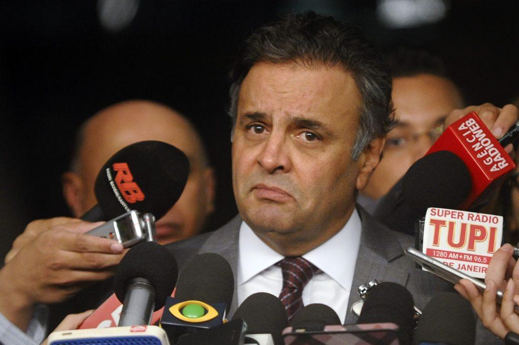 Polícia Federal aperta o cerco a Aécio e pede registros de seu operador