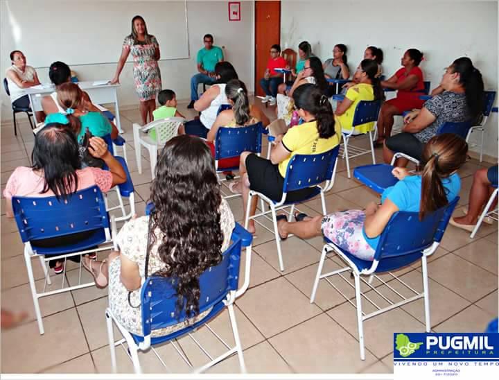 Melhorias para a educação de Pugmil são anunciadas na primeira reunião de trabalho deste ano