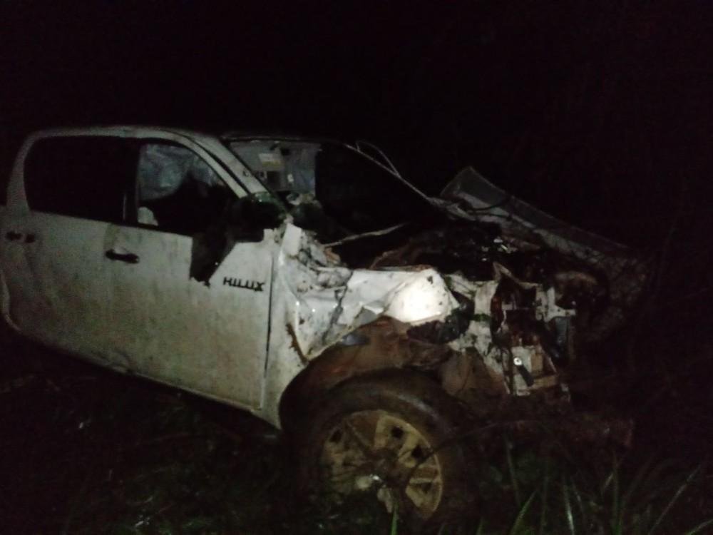 Quatro ficam feridos após caminhonete capotar no norte do Tocantins