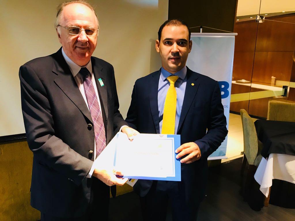 Confederação Nacional de Municípios reconhece atuação do deputado federal Vicentinho Júnior
