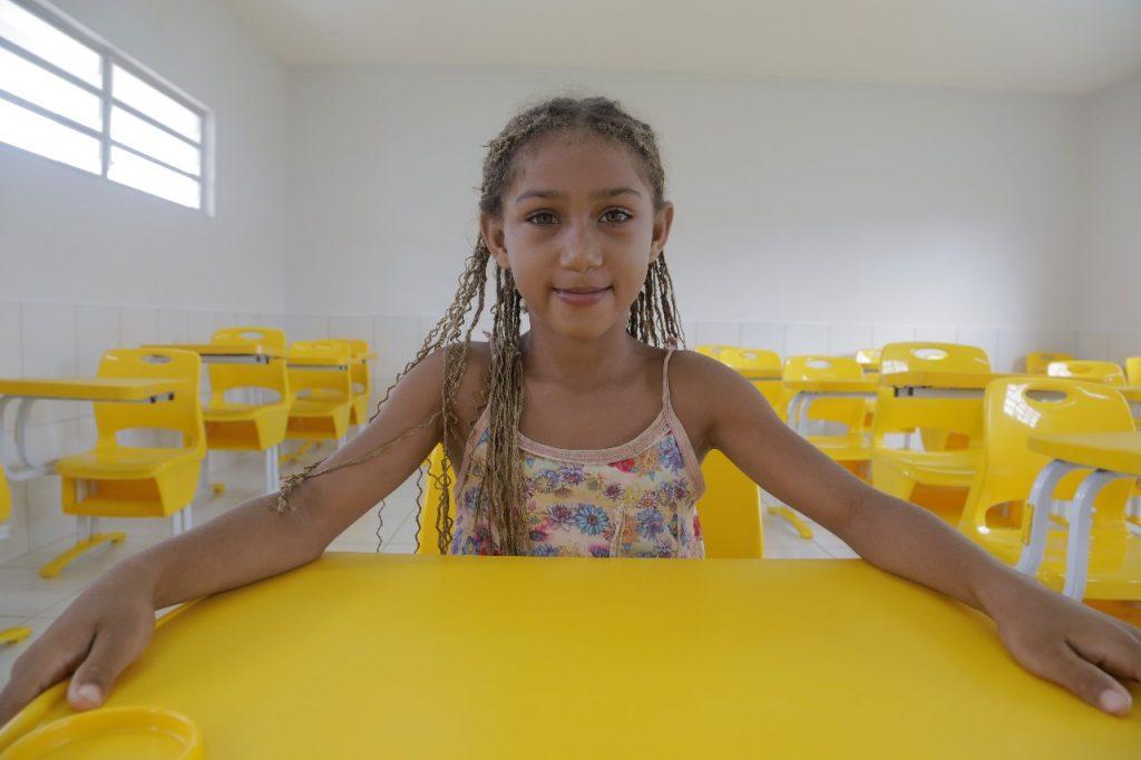 Ronaldo Dimas entrega escola para mais de 400 alunos em Araguaína