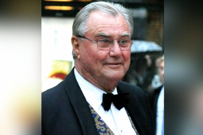 Morre príncipe Henrique da Dinamarca, marido da rainha Margarida