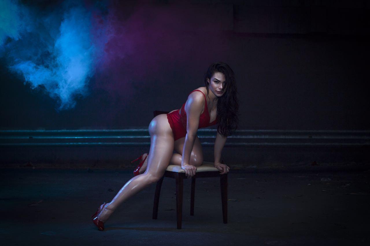 Rayssa Melo diz que recusou três convites para posar nua: ''Até sexo só faço no escuro''