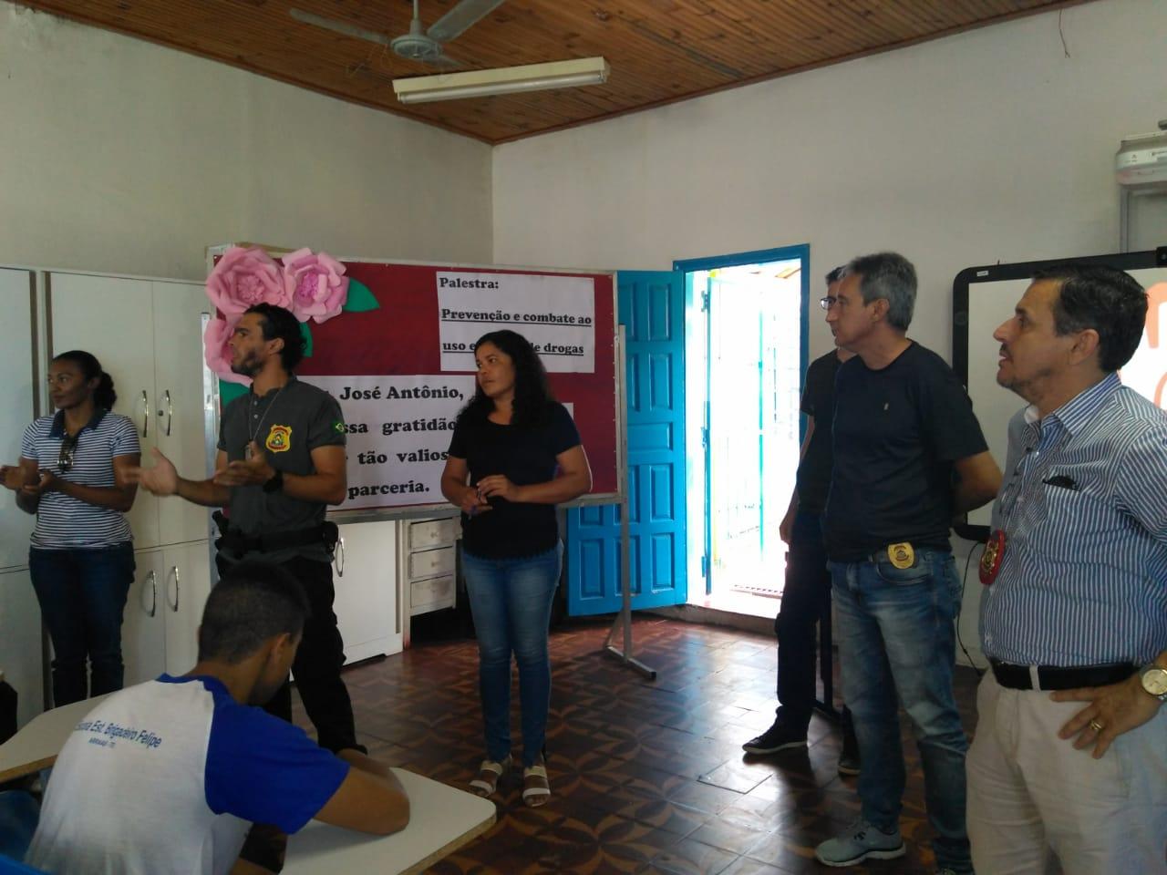 9ª Delegacia Regional de Polícia Civil de Arraias realiza palestra sobre prevenção e combate ao uso e tráfico de drogas