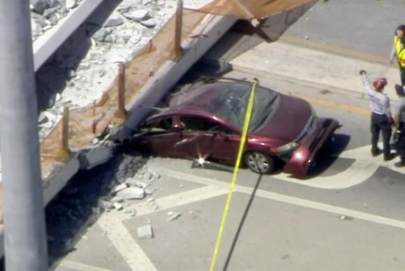 Autoridades confirmam a morte de quatro pessoas em queda de passarela em Miami