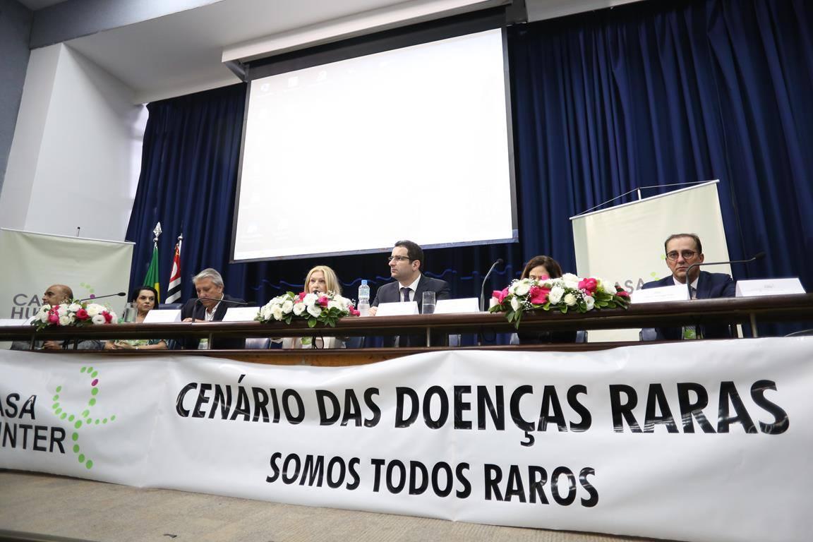 Evento discute os desafios de pacientes com doenças raras no Brasil