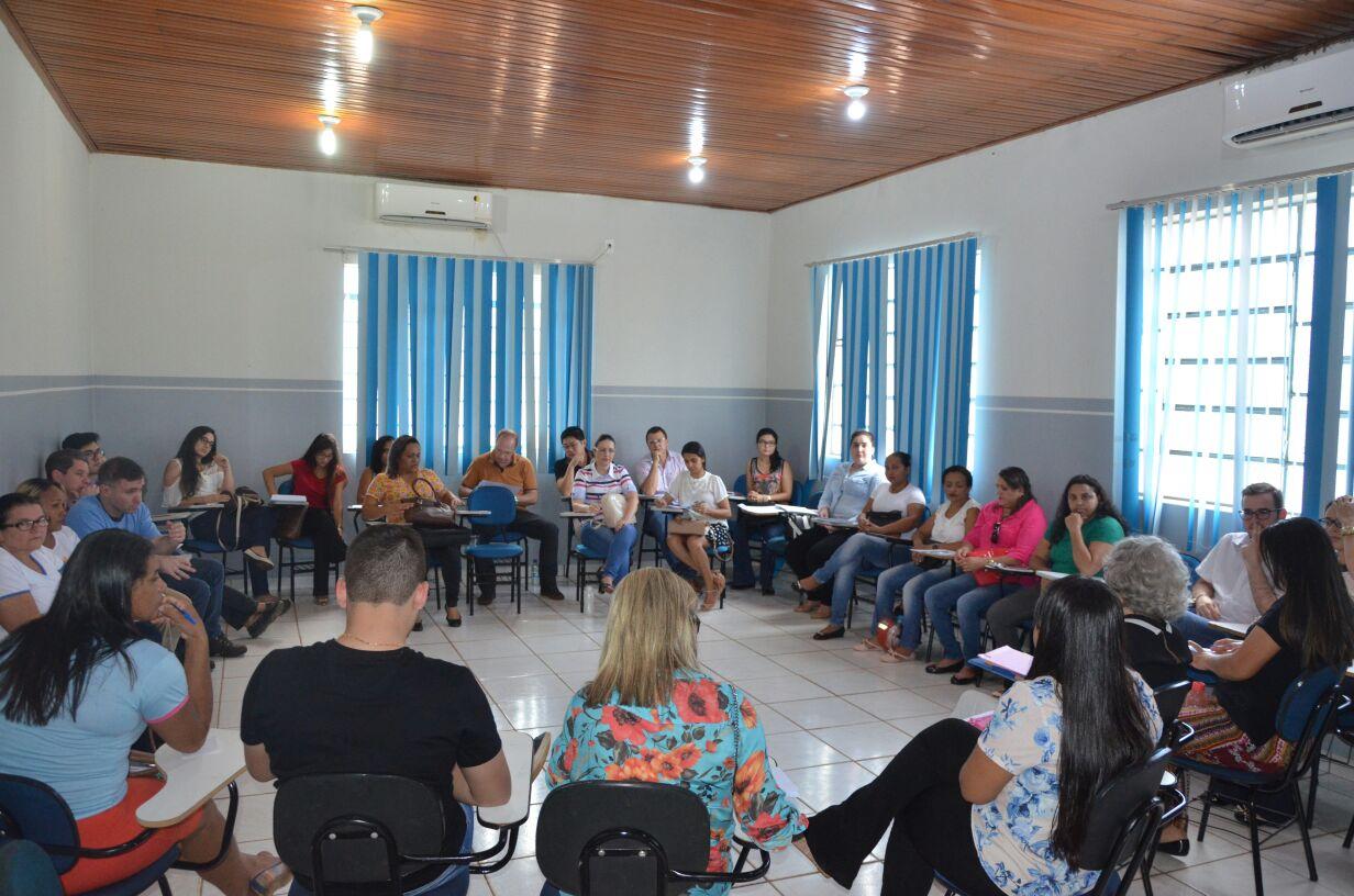 Programa Municipal de Controle a tuberculose de Porto Nacional realiza roda de conversa sobre combate à doença