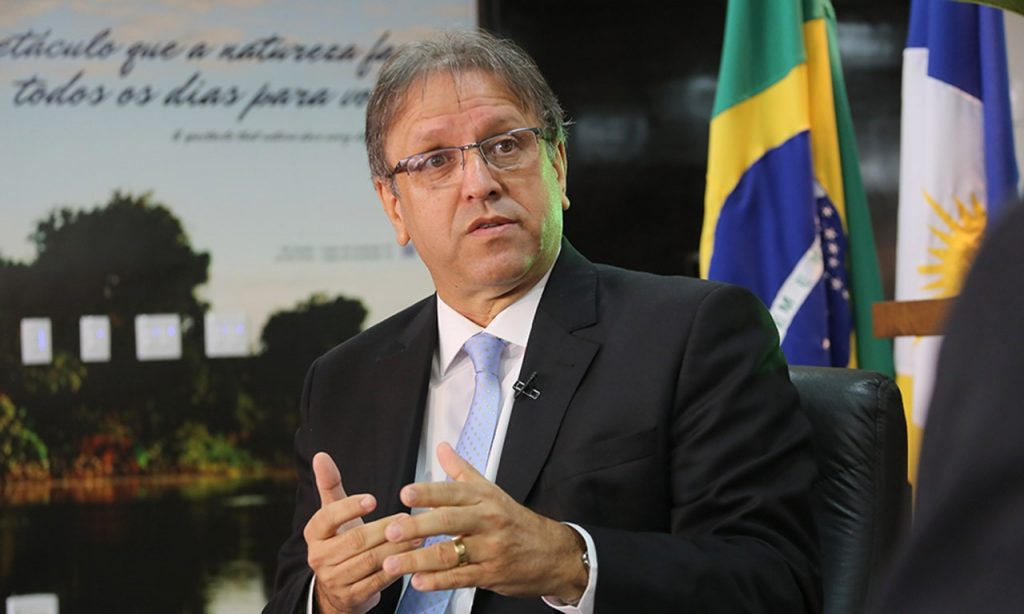 Justiça determina bloqueio dos bens de Marcelo Miranda no valor de R$ 23 milhões por fraudes em doação de óculos