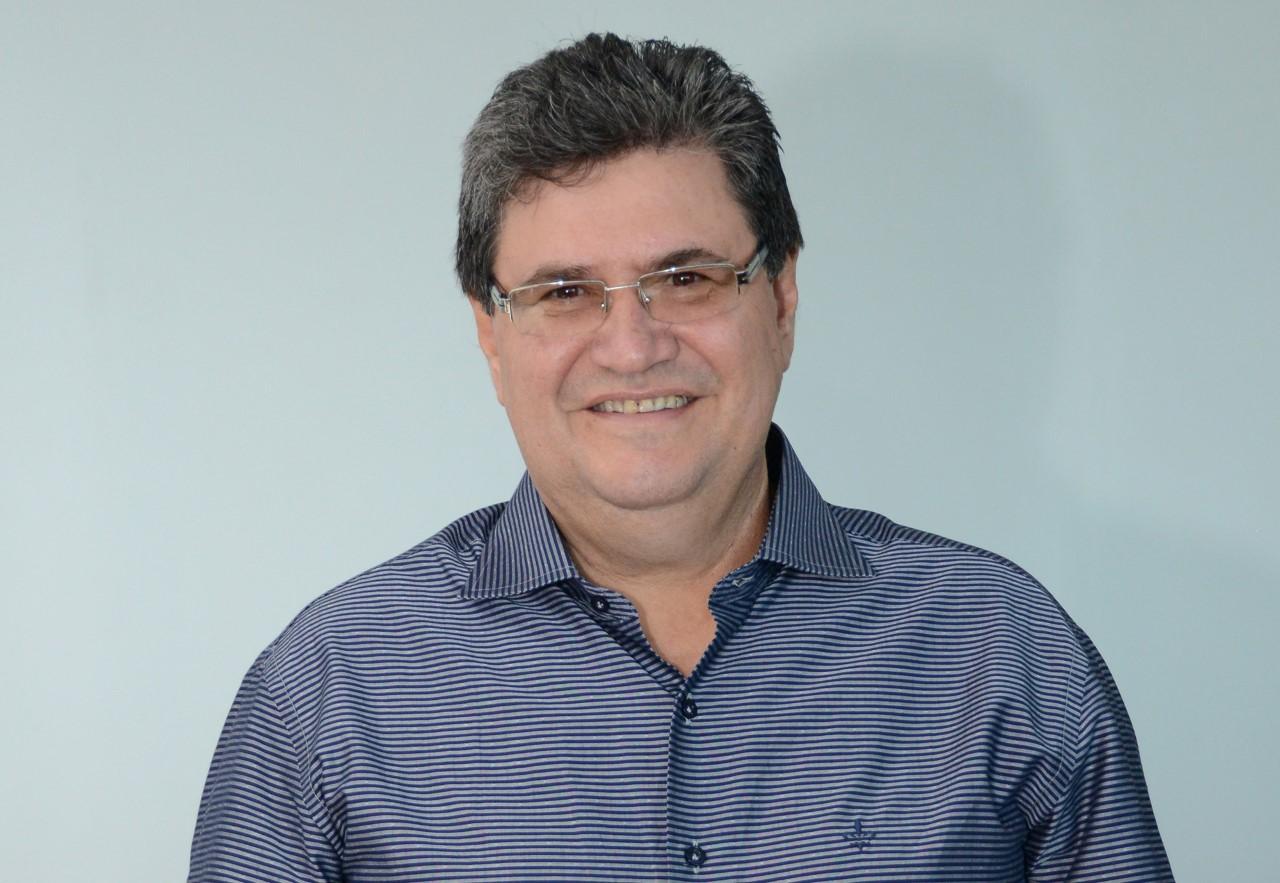 Ex-deputado Júnior Coimbra morre em acidente com