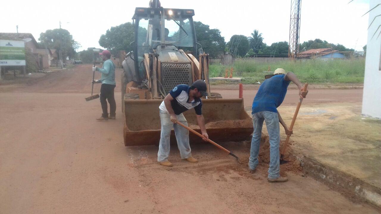 Prefeitura de Marianópolis realiza mutirão de limpeza das vias urbanas