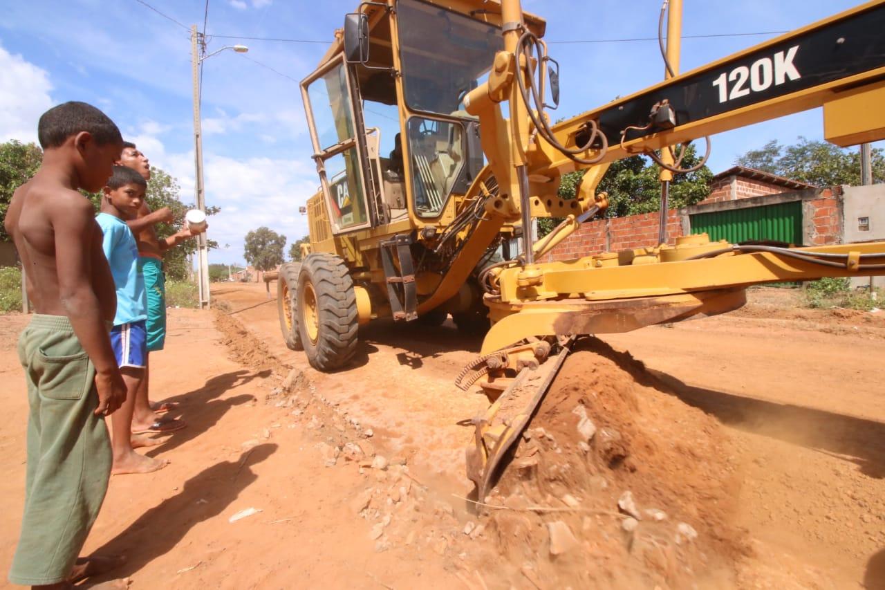 Governo Carlesse inicia obras de asfaltamento do Taquari