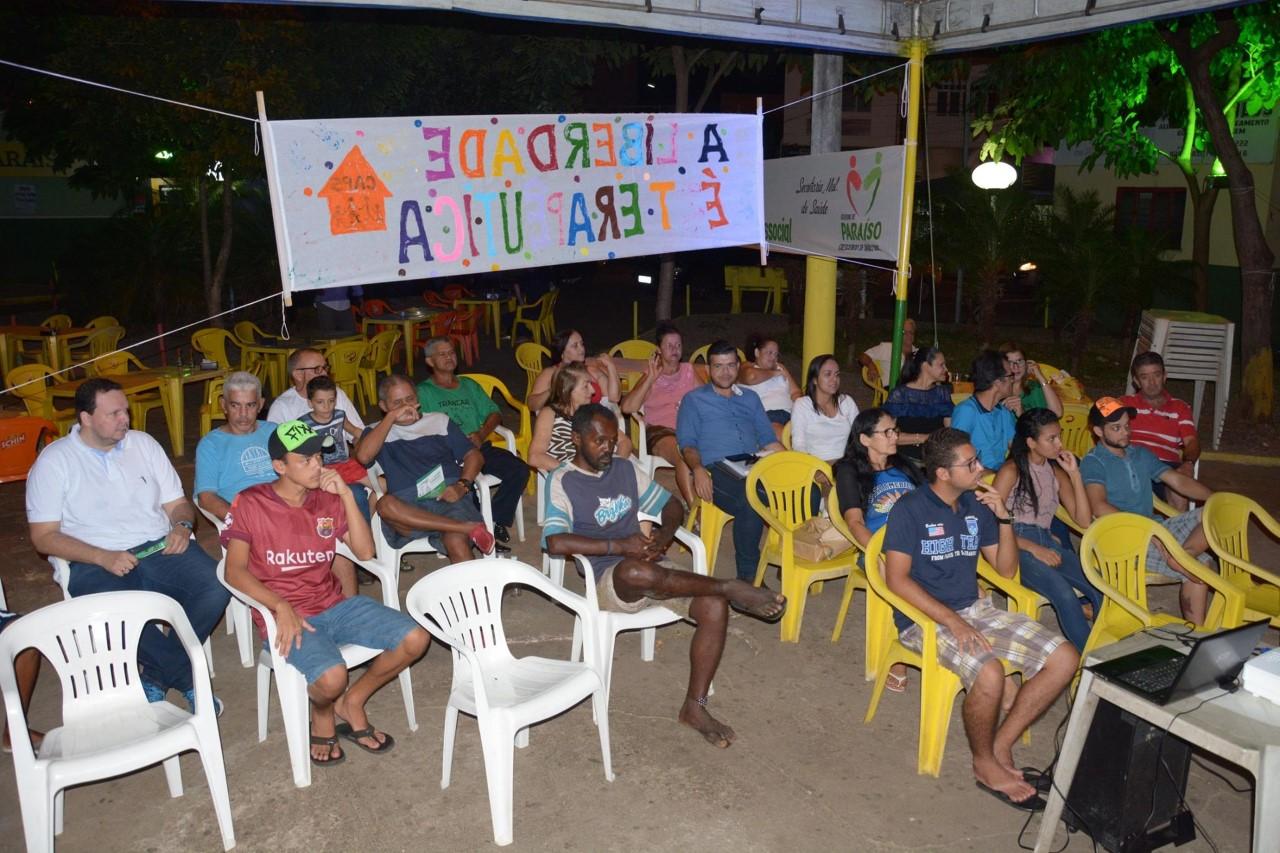 Sessão de Cinema ao Ar Livre marca ações do Dia da Luta Antimanicomial em Paraíso