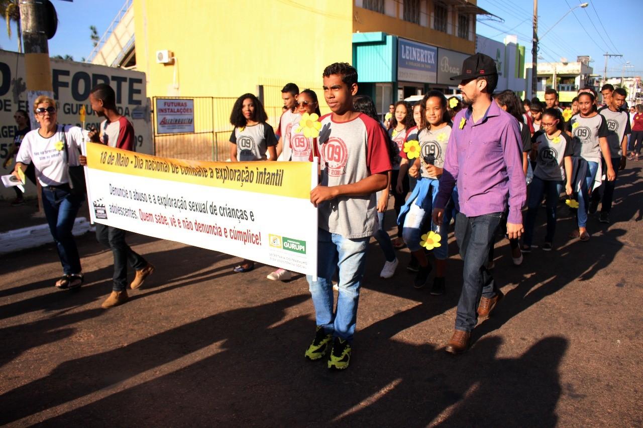 Em Gurupi caminhada chamou a atenção para o Combate ao Abuso e Exploração Sexual contra Crianças e Adolescentes