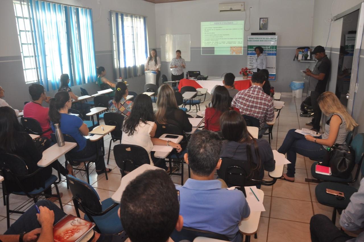 Prevenção e tratamento de sífilis são temas de capacitação de profissionais da Saúde de Porto Nacional