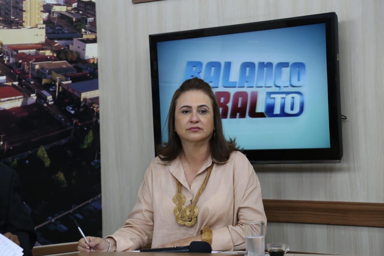 Katia Abreu leva proposta em debate na TV Record